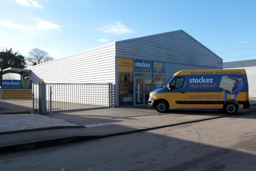 location camion utilitaire brest-0021